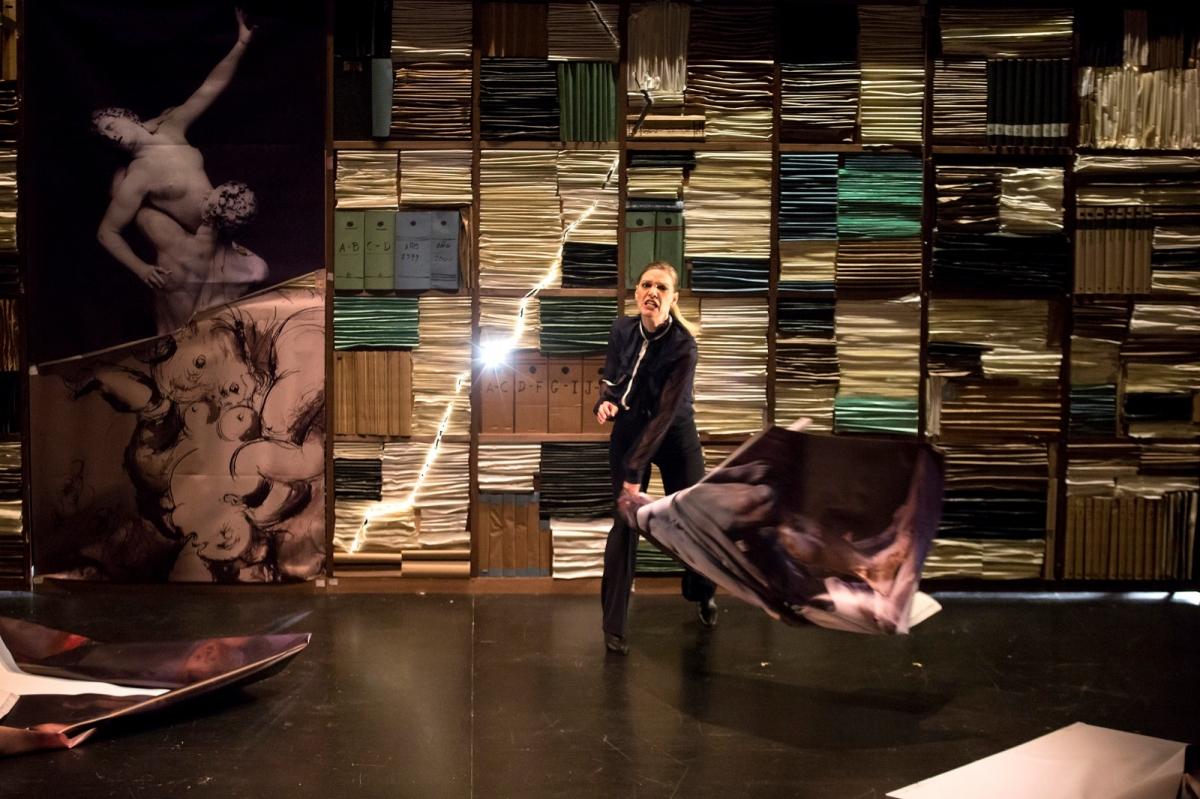 20210422131426_happened_57_la-vengadora-de-mujeres-teatro-torremolinos-cultura-29.jpg