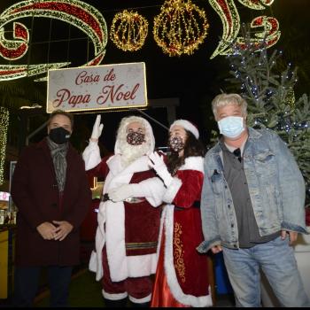 Papá Noel visita Torremolinos para mantener viva la ilusión de la Navidad